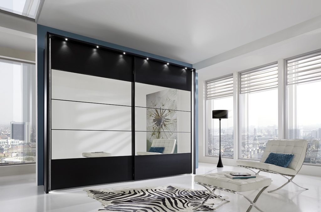 mirrored wardrobe with lights