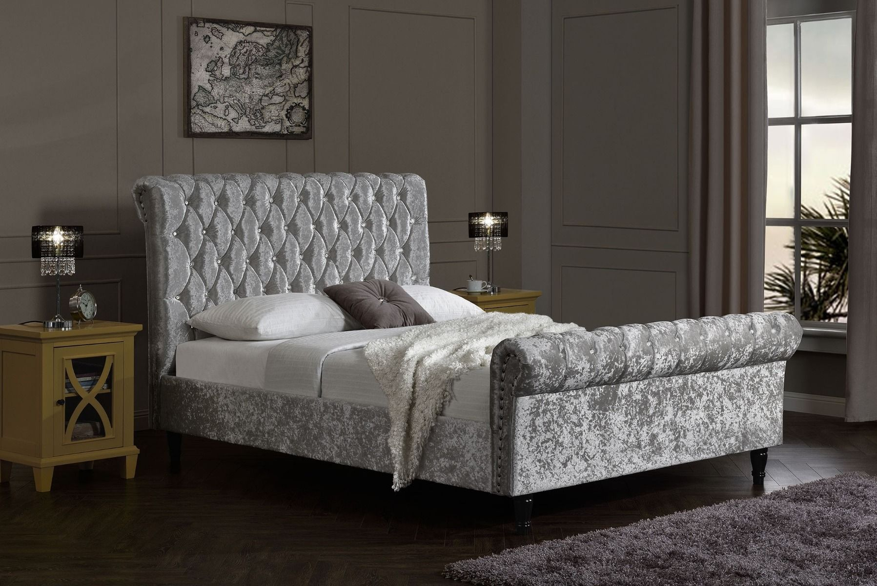 silver crushed velvet chesterfield bed modish furnishing. Black Bedroom Furniture Sets. Home Design Ideas